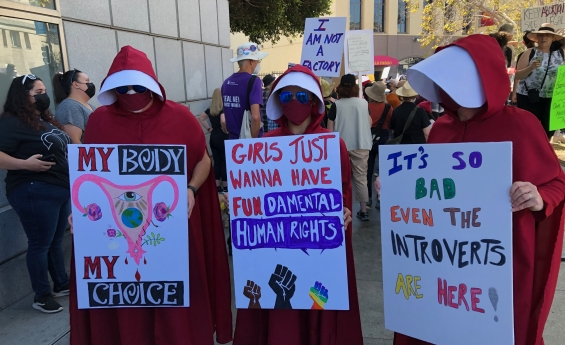 Thousands in San Francisco Women's March for reproductive rights